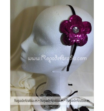 Diadema con flor y abalorio